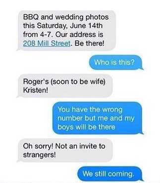 Accidental text leads to best wedding photo ever  | Weddings
