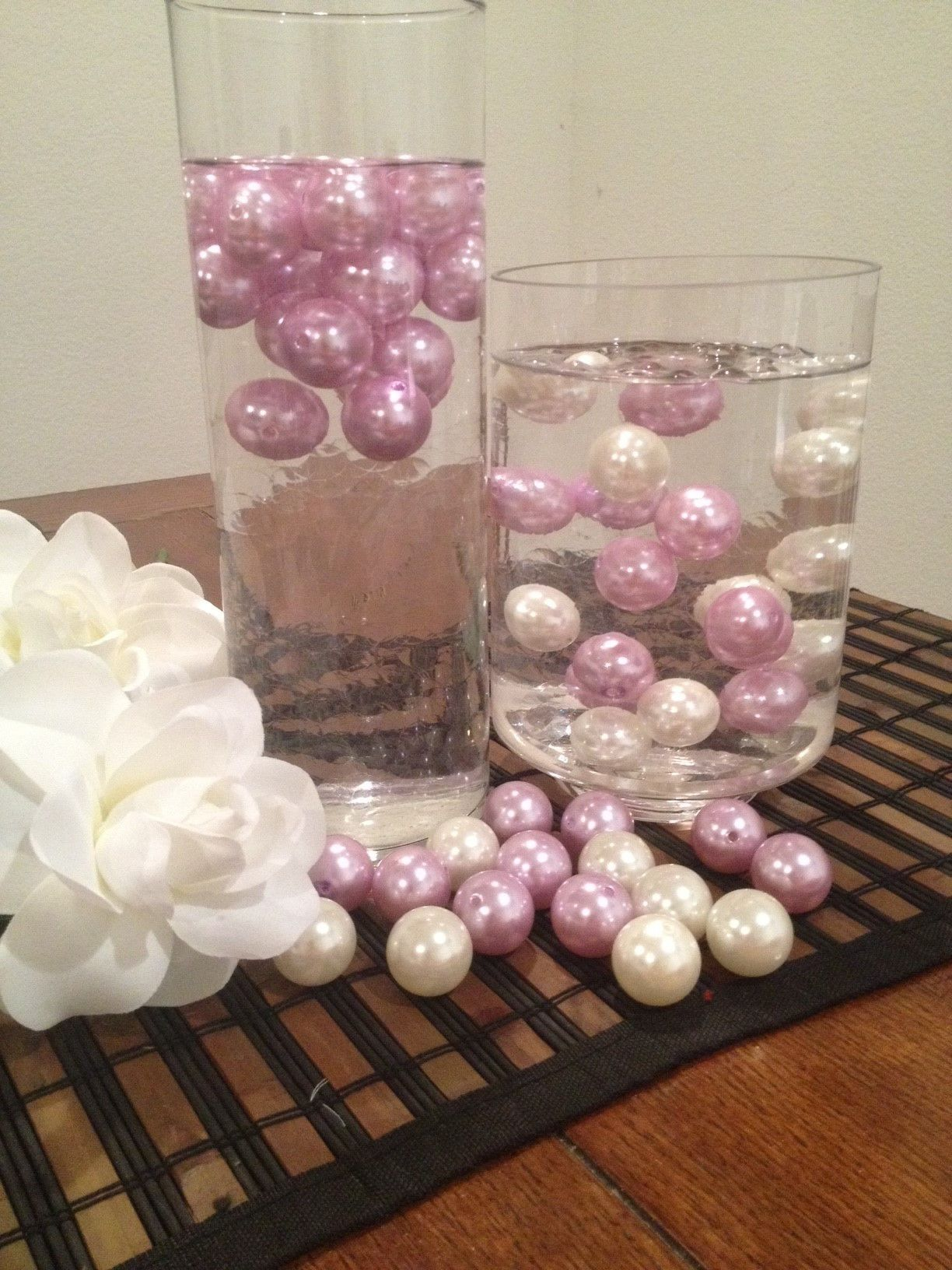 Floating pearls in vase wedding tips and inspiration 20pc jumbo pearl 24mm for floating centerpiece vase fillers reviewsmspy