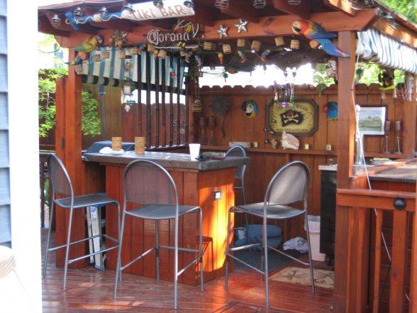 Patio Deck Bar Designs: Tiki Bar, Patios & Decks Design