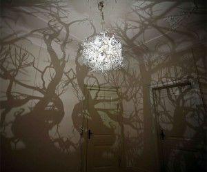 Il lampadario che ti porta la foresta nella stanza