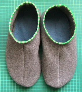 sew green: Recycled Slipper Tutorial