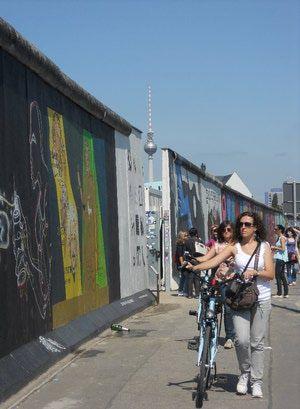 German Festivals In October Berlin Wall Berlin Berlin Germany