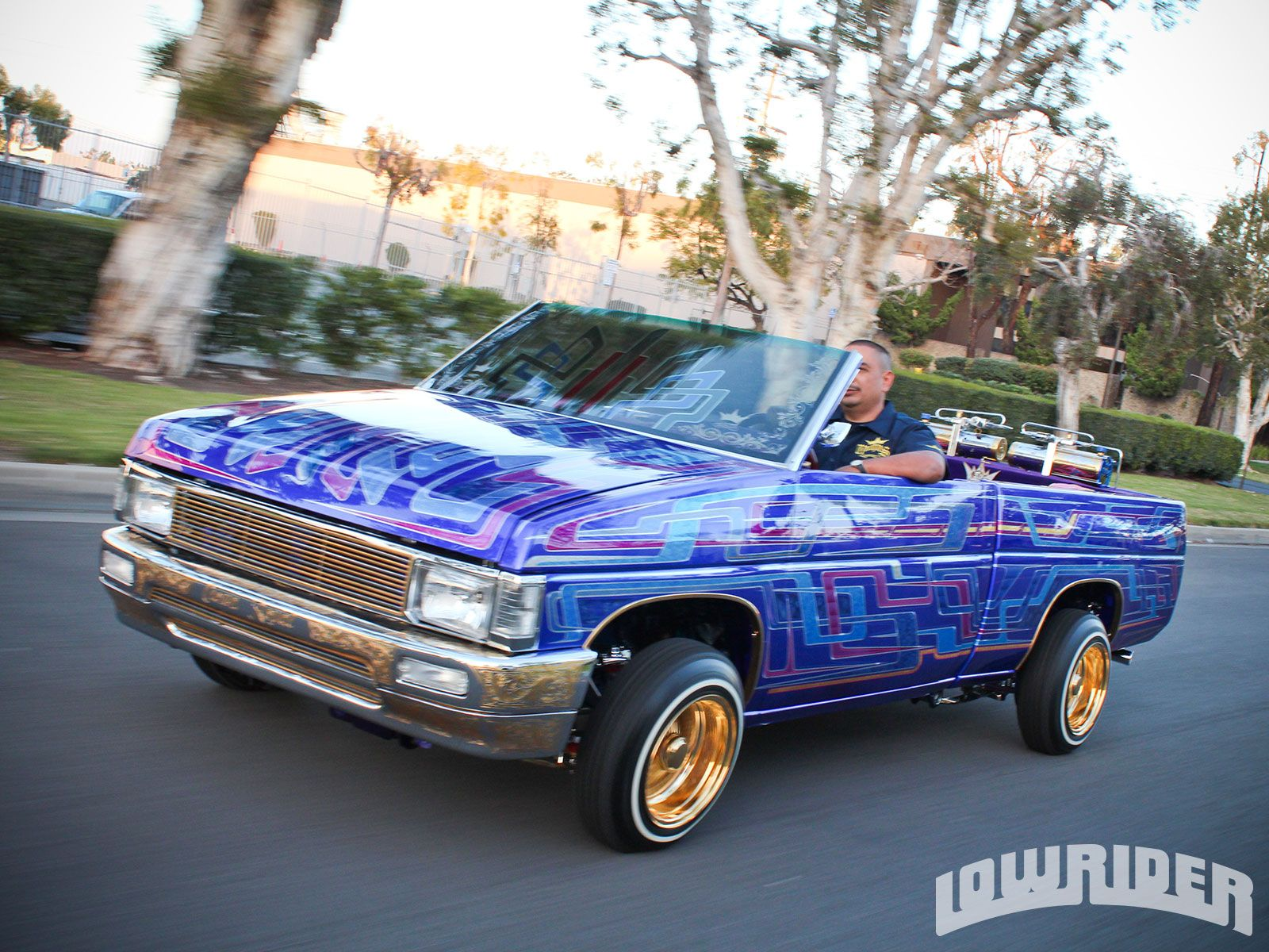 Lowrider Cars And Trucks WIth Gold And Chrome Rims ...