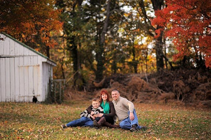 family portrait in southern maryland  #fallfamilyportraits #amandamcmahonphotography #southernmarylandphotographer