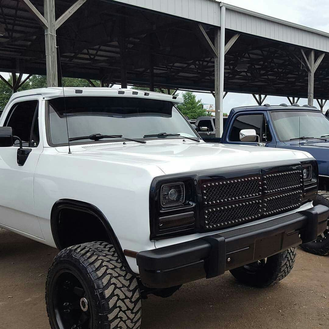 Pin By Deebow On Ram And Ramcharger Ol Dodge Dodge Trucks