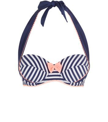 - All over stripe print- Halter-neck design- Bow front (New look £17.99)