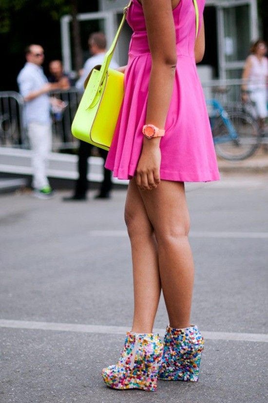 Step out in Neon
