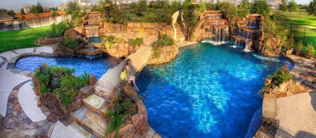Gartenpools, Aussenpool, Gartenpool, Whirlpool Hinterhof, Tropischer  Garten, Luxus Pools, Schöne Orte, Traum Pools, Schwimmbäder