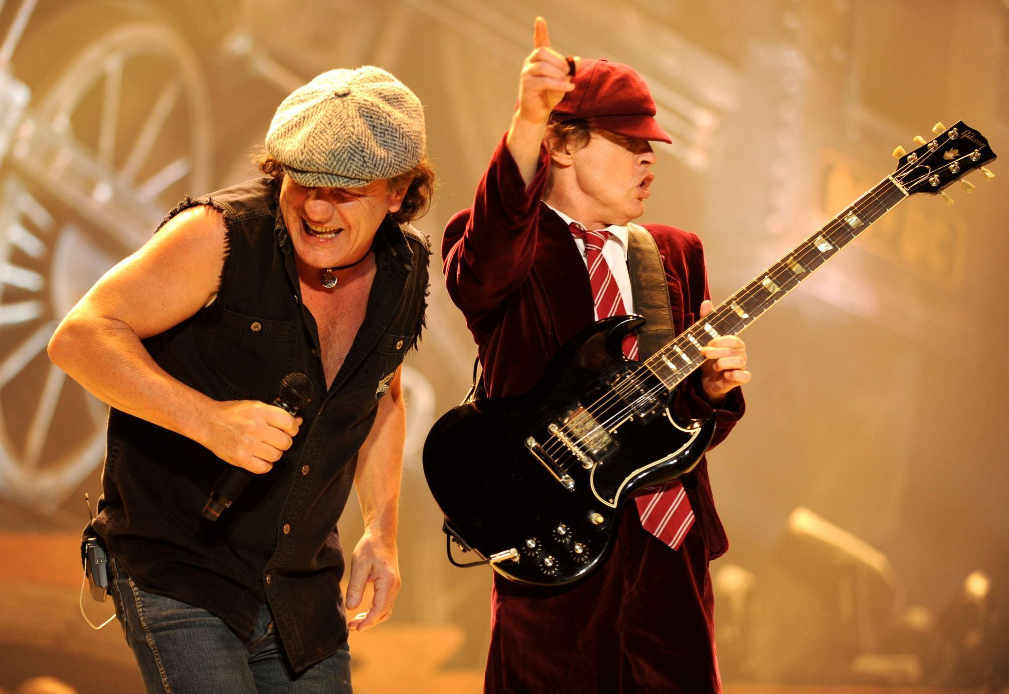 """AC/DC con lo nuevo!!! """"Play Ball"""", primer single oficial de Rock or bust."""