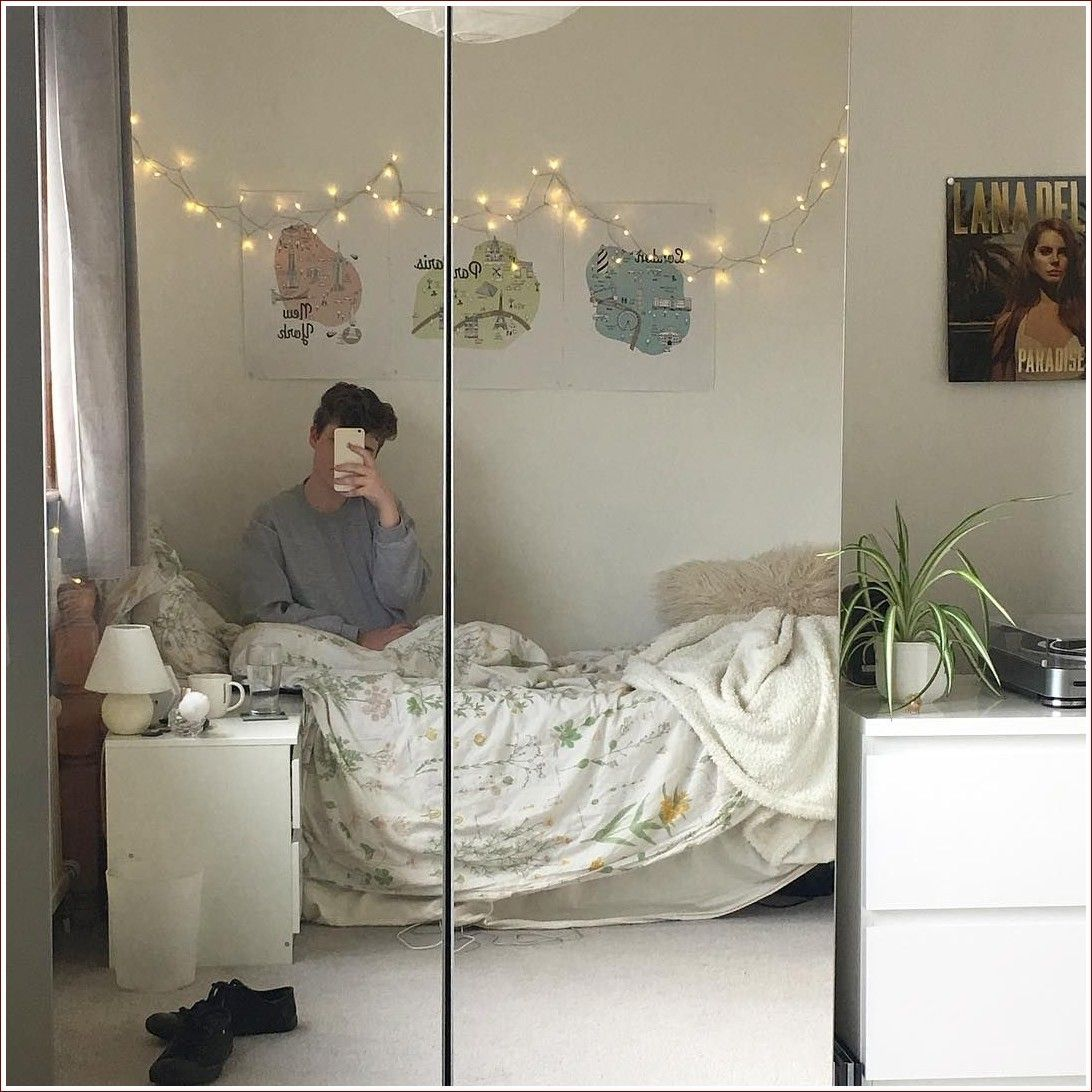 Bedroom Aesthetic Grunge Dark in 2020   Room, Dream rooms ...