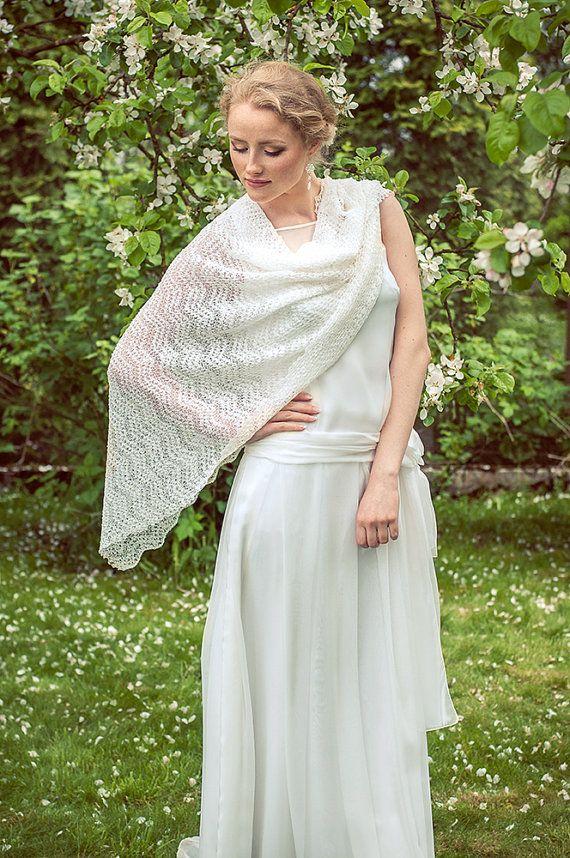 28472f7ce12 Mariage blanc étole châle de mariage dentelle écharpe foulard Bohème mariée  Etole lin pure étole mariée dissimulation Wrap vaporeux écharpe tricotée