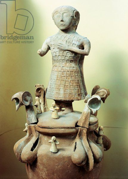 Clay cinerary urn, from Chiusi, Siena Province, Italy. Artwork-location: Chiusi, Museo Archeologico Nazionale (National Archaeological Museum)