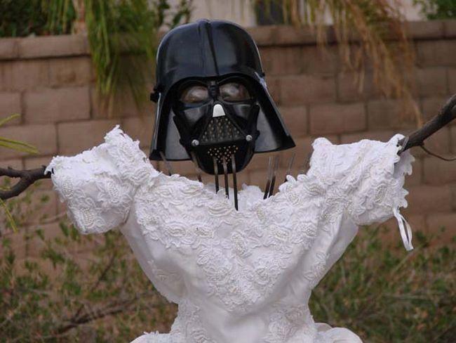 Veja o que este maluco fez com o vestido de casamento da ex-mulher