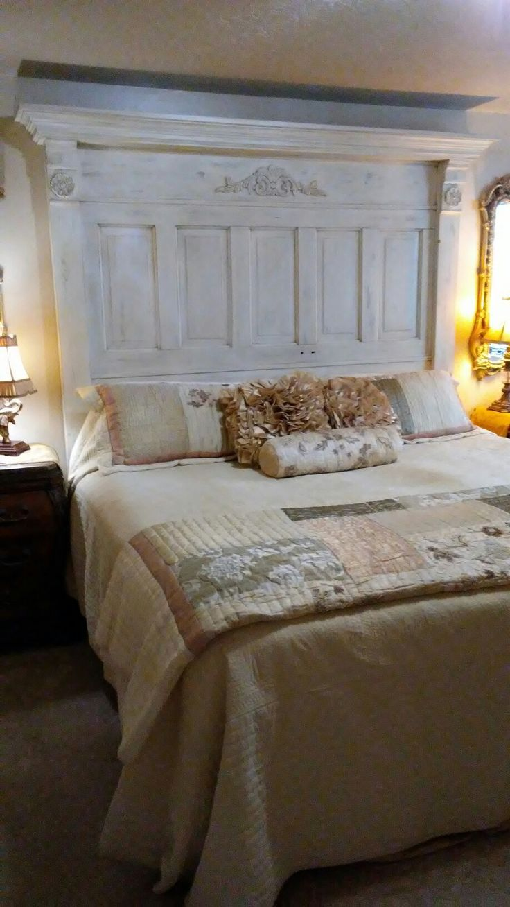 Head board out of an old door - Head Board Out Of An Old Door Door Headboard Pinterest Doors