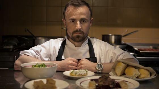 La scommessa di Bledar, cucinare con poco salvando la tradizione e i ...