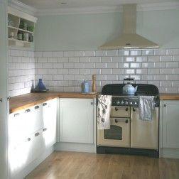 Kitchen Tiles Metro underground white wall tiles - 200mm x 100mm | wall tiles