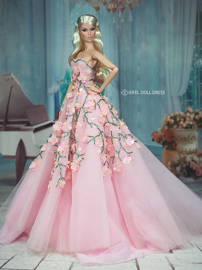 New Dress for sell EFDD | Barbie collection and Barbie doll