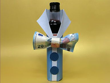 geldgeschenk flasche mit geldfliege diy tutorial geldgeschenke money gifts pinterest. Black Bedroom Furniture Sets. Home Design Ideas