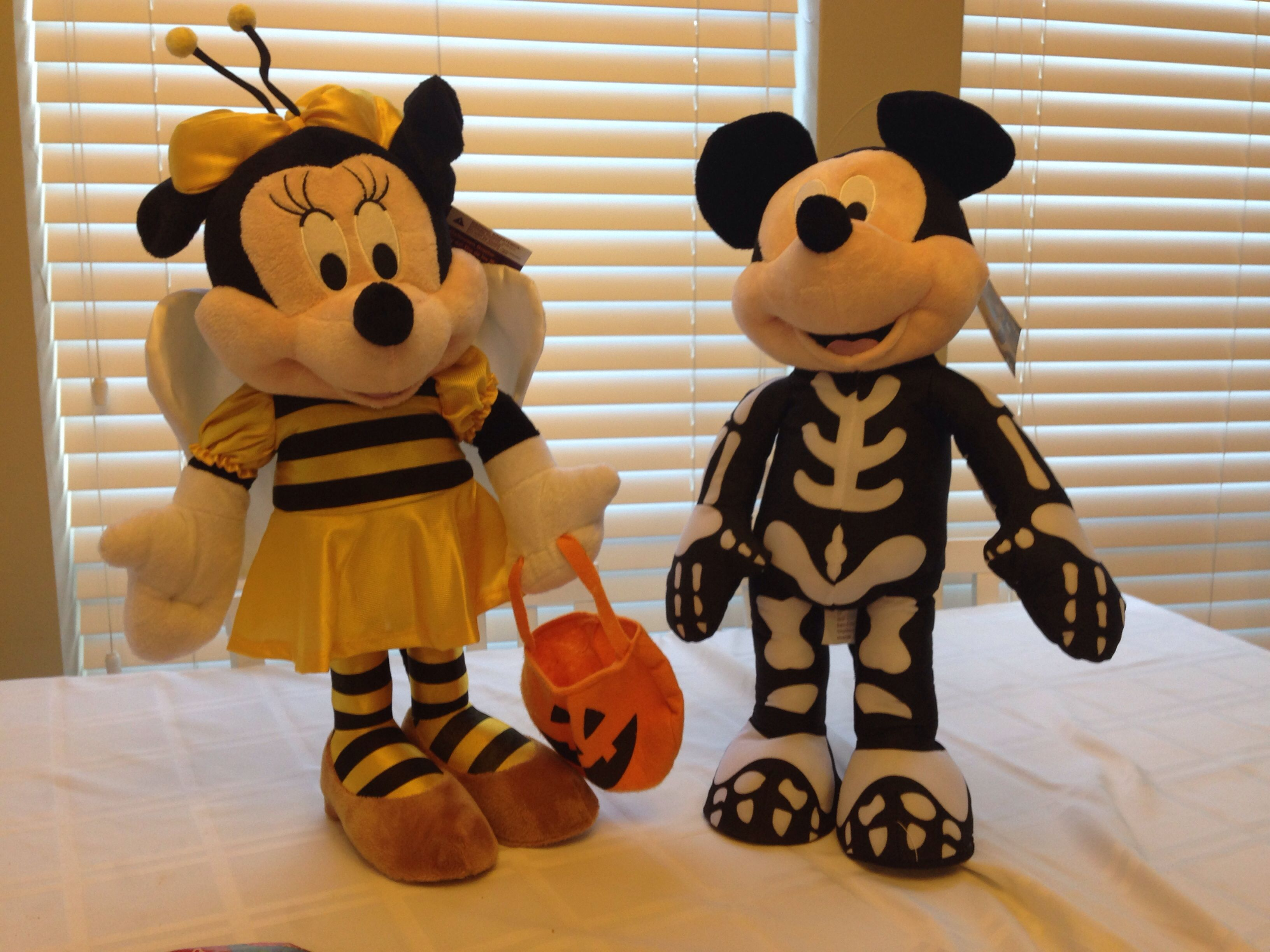 mickey and minnie halloween door greeters found at cvs pharmacy 2014 20 each what a - Mickey Minnie Halloween