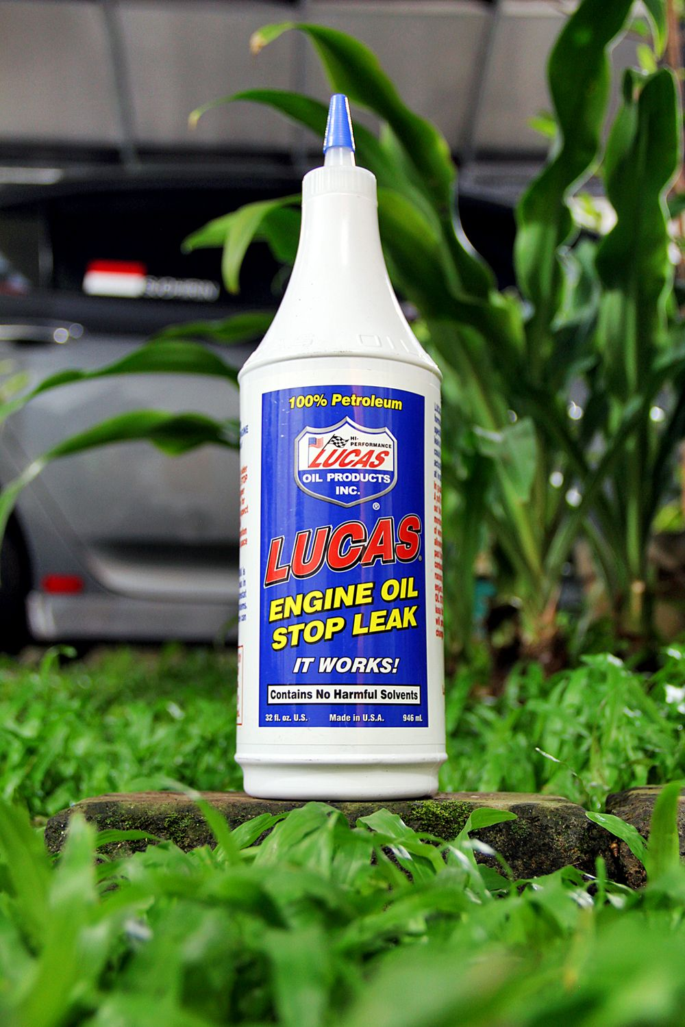 Engine Oil Stop Leak Vol: 1 liter SRP: 170,000,- Code: 10278