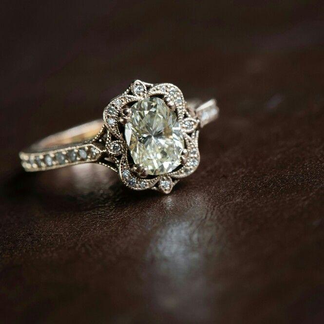 Marion Rehwinkel Jewellery South African Jeweller Www Facebook Com Marionrehwinkel In 2020 Vintage Wedding Jewelry Engagement Ring Inspiration Vintage Engagement Rings