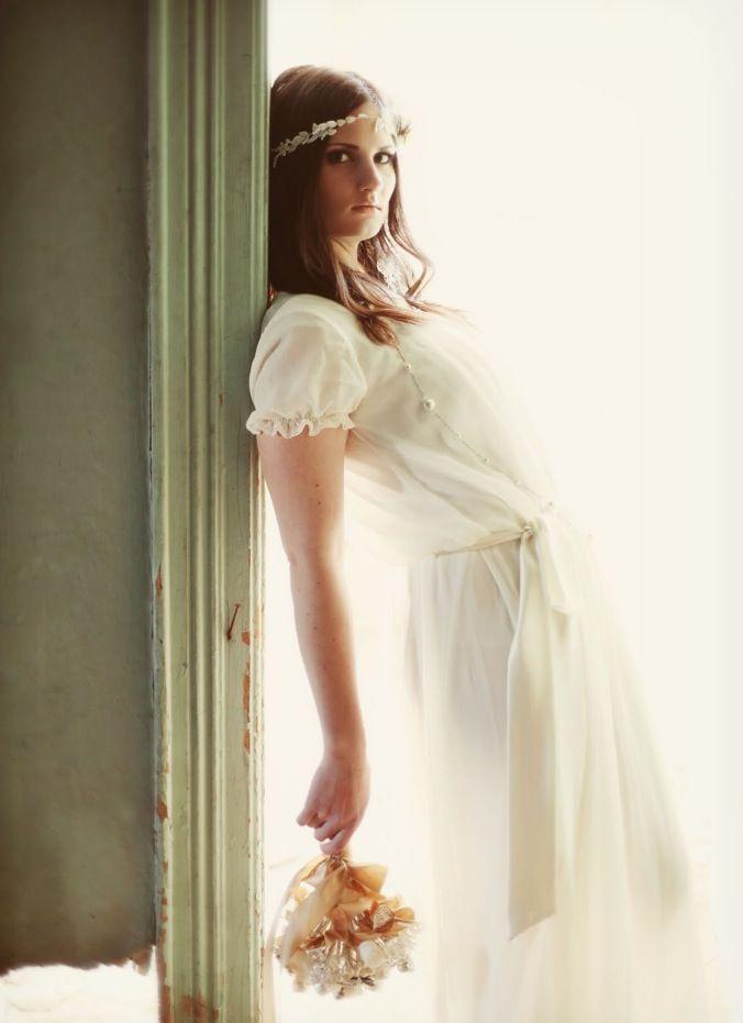 Grecian Bridal Shoot Featuring A Stunning Handmade Headpiece & Bouquet #grecianweddingdresses