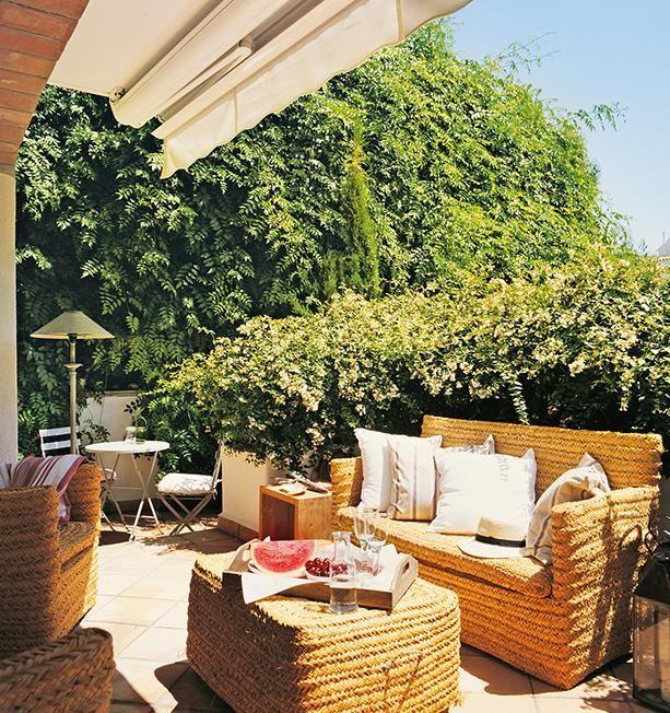 ¿Tienes una #terraza pequeña? ¡Mira cómo decorarla para aprovecharla al máximo! http://goo.gl/xfa5iW