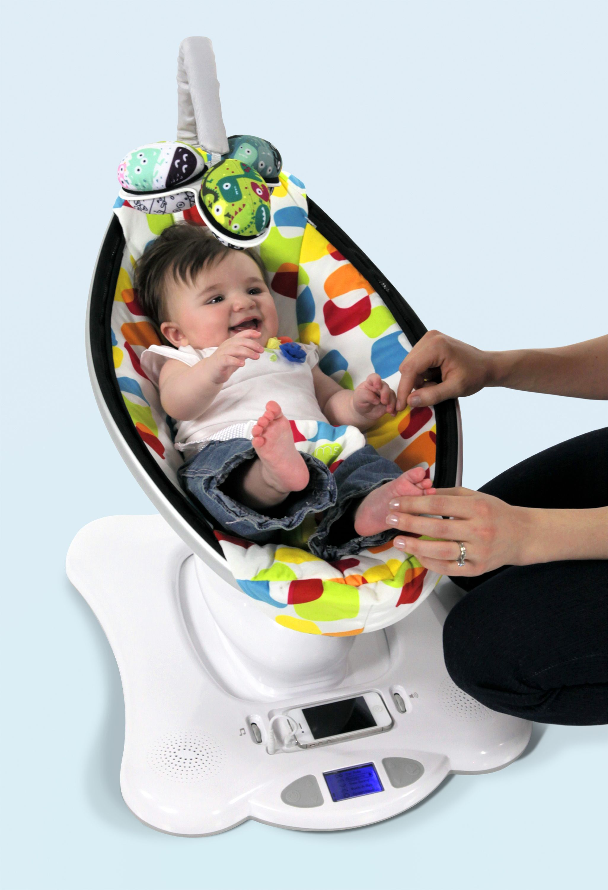 Mamaroo In Multi Color Plush Very Cool Seat That Mimics The Human Body's  Movements, Rather Than Just A Swing Or A Bouncy Seat Would Be Nice To Have  When