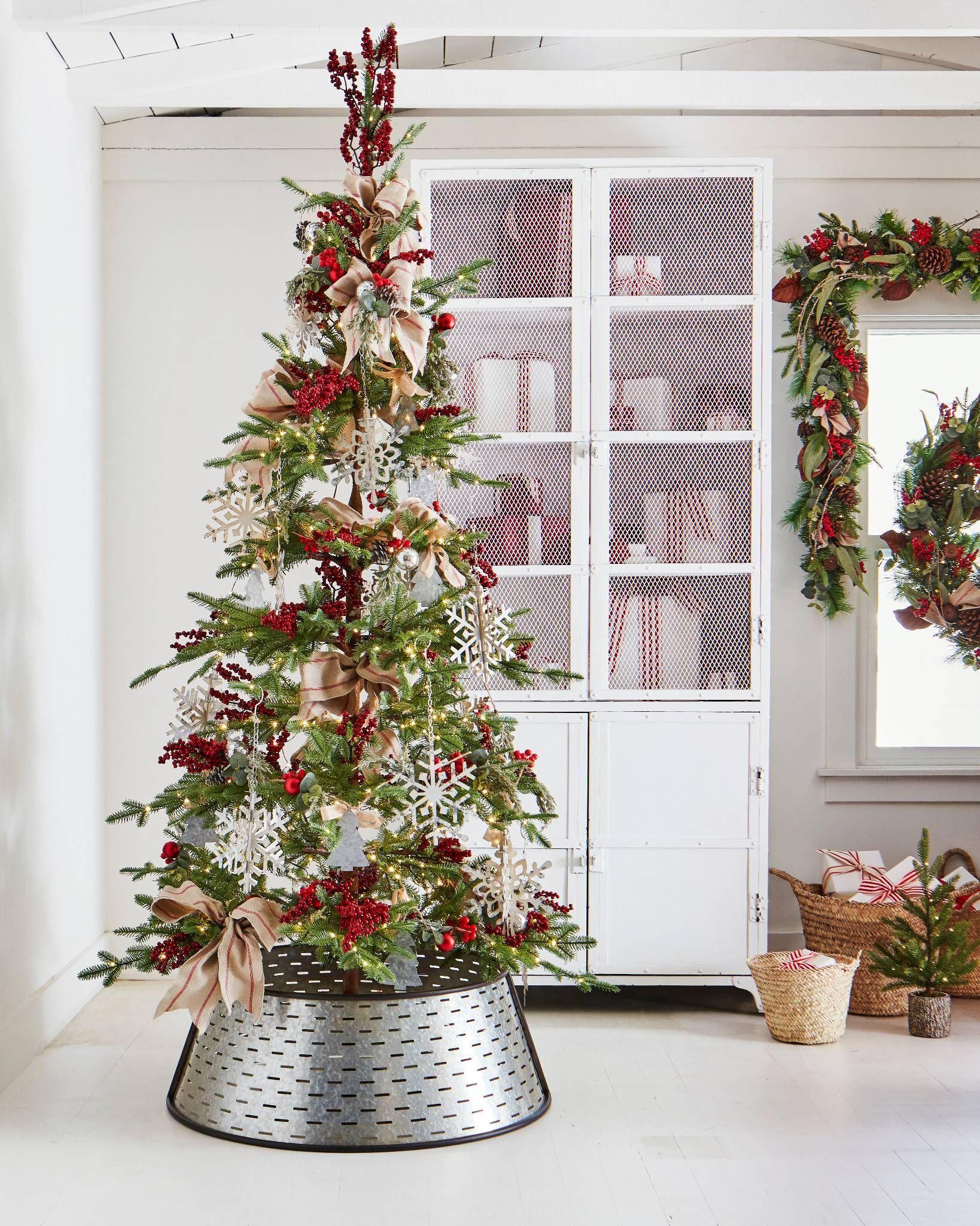 Alpine Balsam Fir Christmas Tree Balsam Hill In 2020 Balsam Fir Christmas Tree Fir Christmas Tree Christmas Tree Accessories