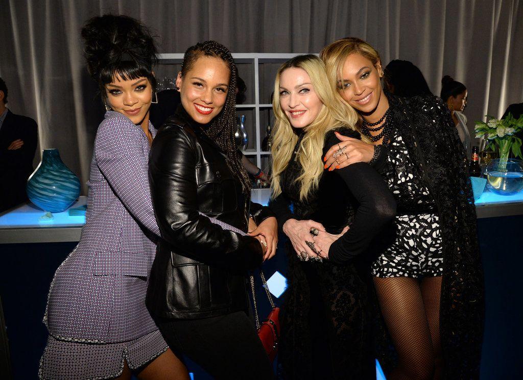 Now This Is How We Expected Rihanna To Wear Dior Beyonce Nicki Minaj Madonna Beyonce
