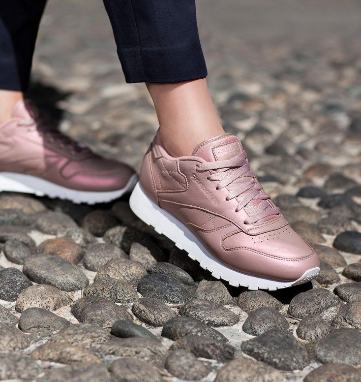 8220112c6d3 reebok-classic-leather-pearlized-rose-gold-white-girlsonmyfeet