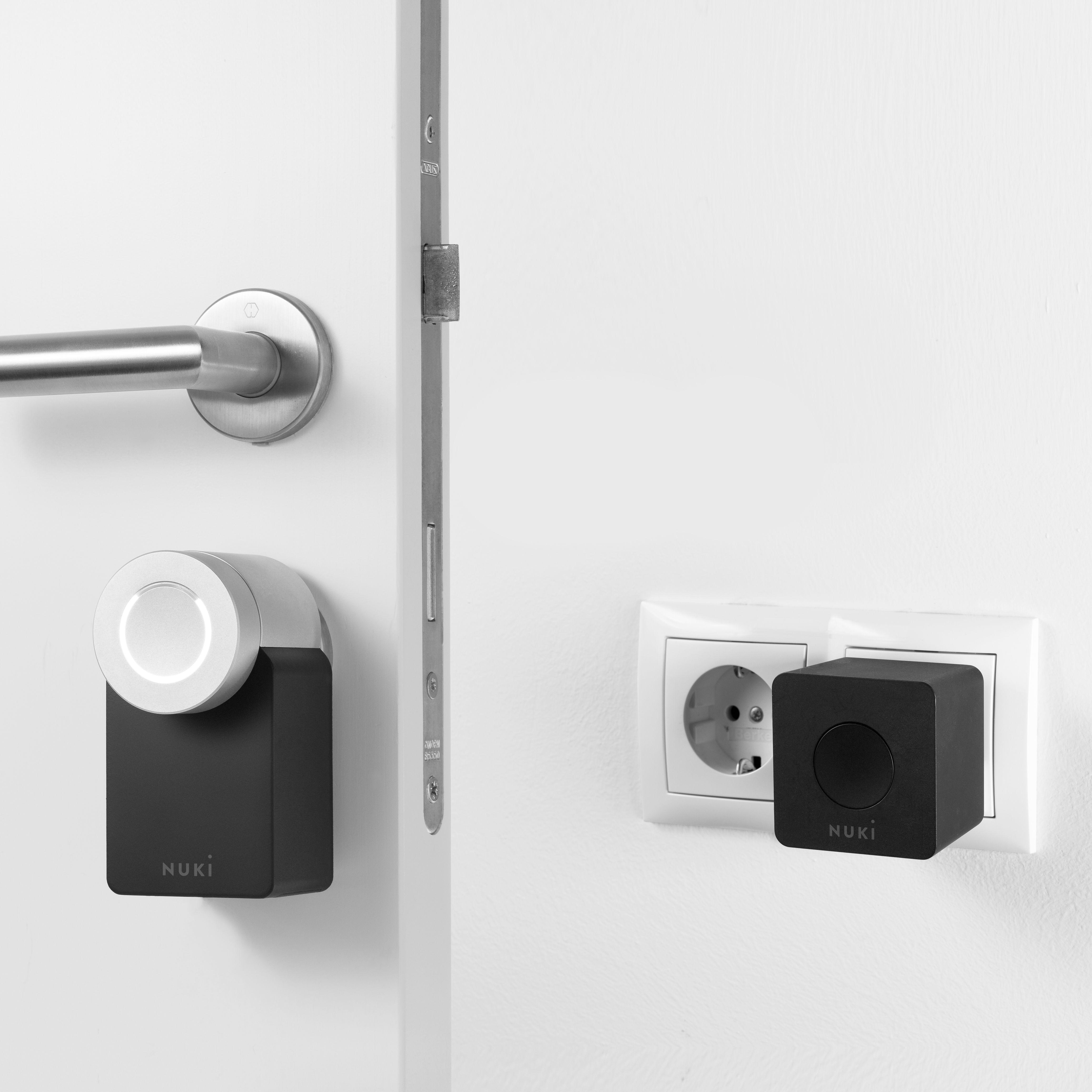 us wave handle auto wickes manufacturer the z devices knob lock supplier door handles deadbolt vision with doors in