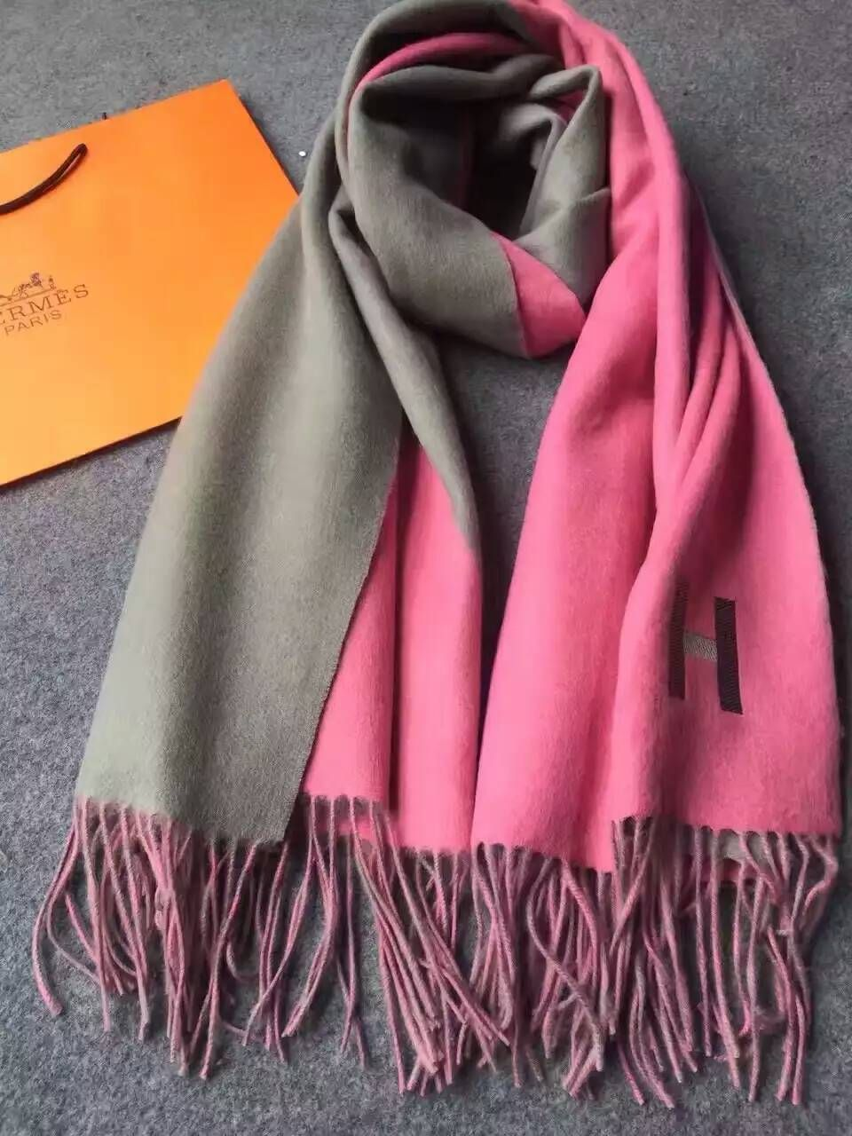 aec8c7a0e8728 ... best price latest hermes cashmere scarves pink f2cfb 0d2a3