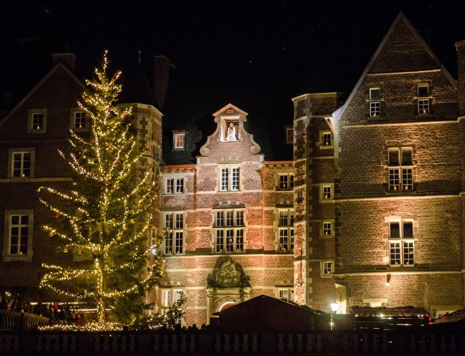 Weihnachtsmarkt Schloss Merode.Romantischer Weihnachtsmarkt Auf Schloss Merode Am Nördlichen Rand