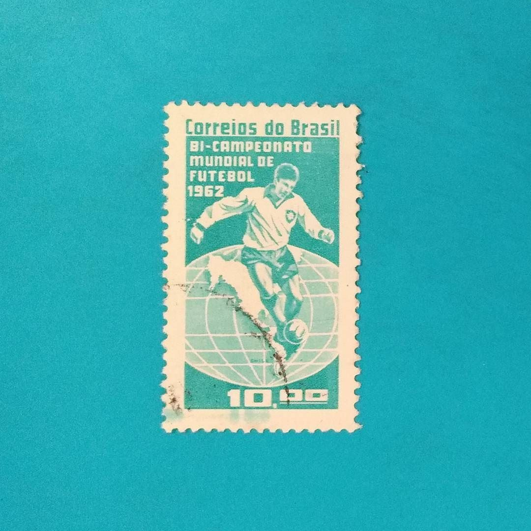 Bi-campeonato Mundial de Futebol [1962]  Designer: ?  #stampcollector #sendmoremail #postage #stamp #stamps #vintagestamps #philately #philategram #philatelic #philatelist #brazilianstamps #filatelia #selos