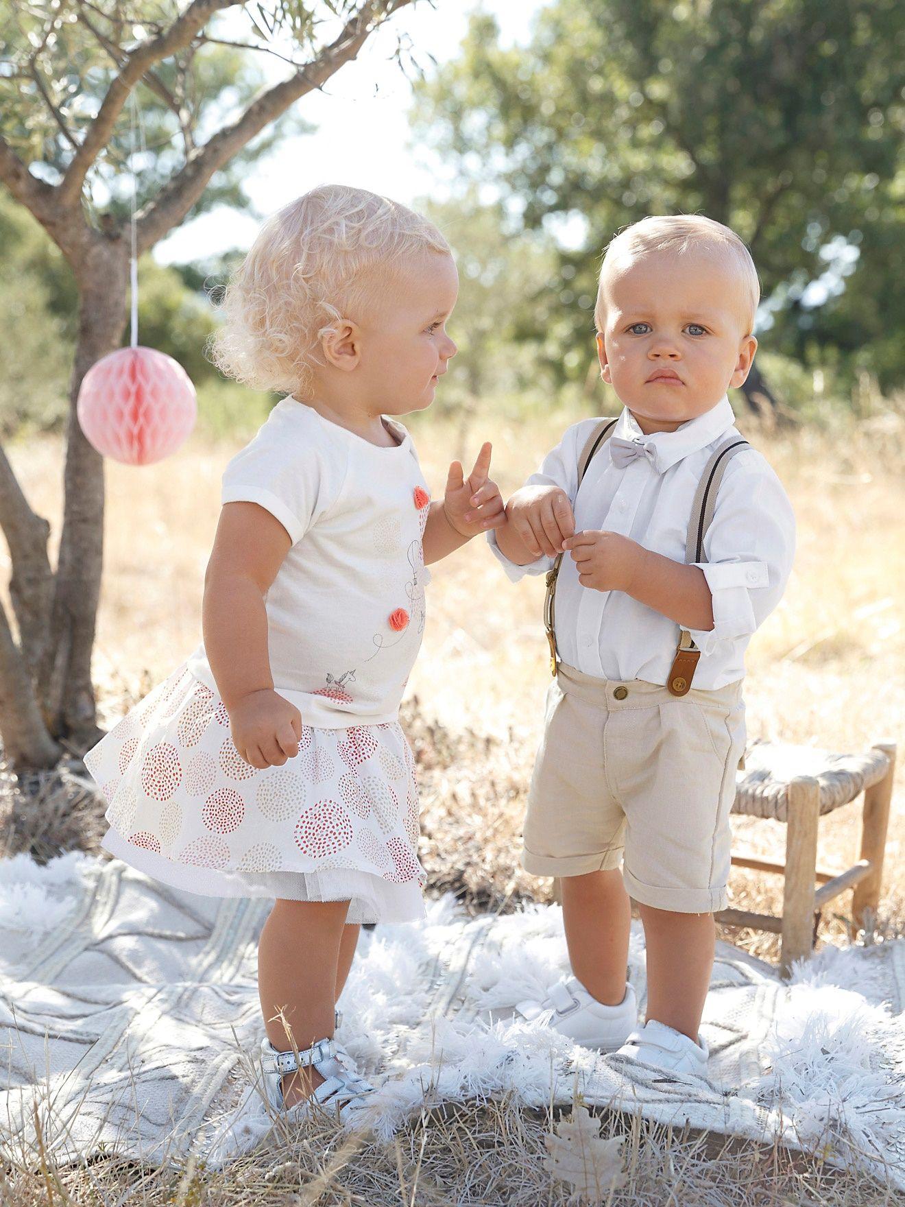 84b1cfa4dd26f Un bermuda à porter avec ou sans bretelles, une chemise, un noeud papillon  : et voilà une tenue (pour les jolies fêtes) toute prête ! Chemise bébé  garçon en ...