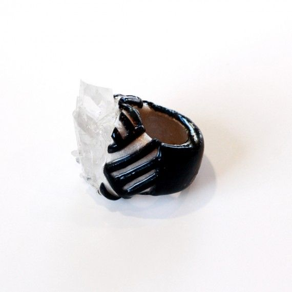 QUARTZ LINEAR RING. #ring #style #jewelry  9thelm.com