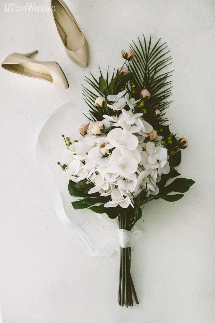 A Modern Tropical Wedding Using Dusty Rose   ElegantWedding.ca #fantasticweddingbouquets