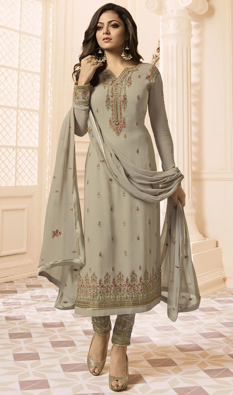 7b5ee5ebce #bollywoodlatestdresses #bollywooddresses Enchant the mantra of being  stylish in this Drashti Dhami gray color
