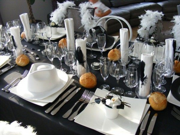 Deco de table noir et blanc 2 40 ans pinterest for Decoration 50 ans homme