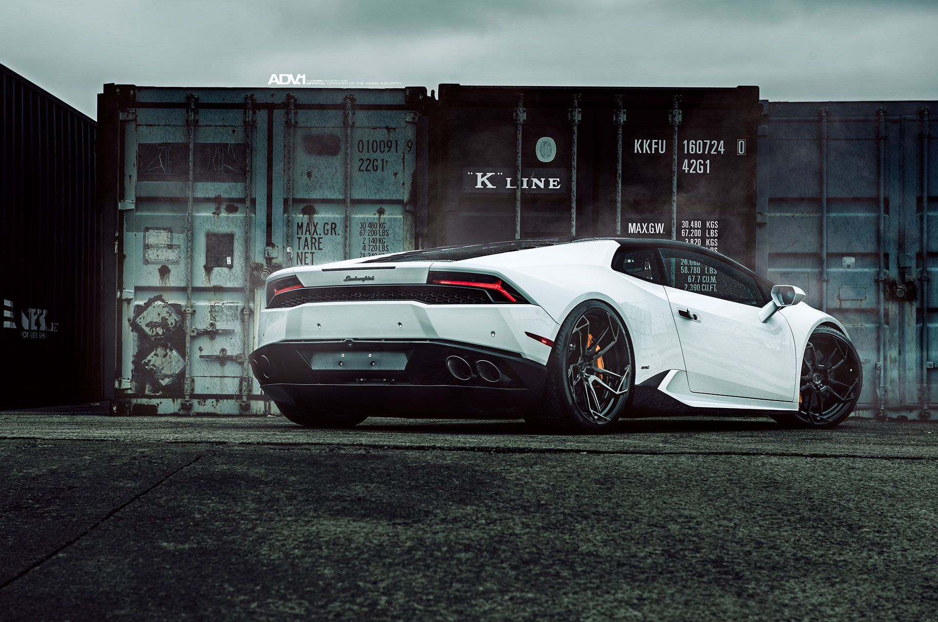 Stunning Diamond White Lamborghini Huracan Lp610 4 White