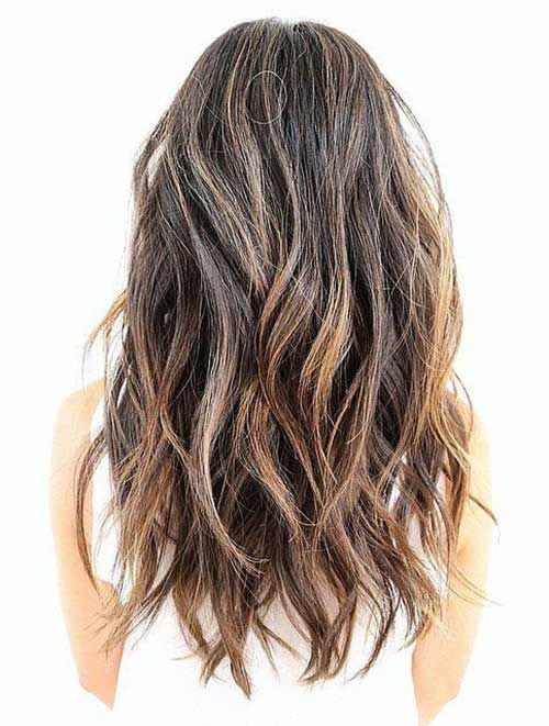 Hairstyles Long Layers Long Textured Hairstyle With Highlights Textured Haircut Long Hair Styles Hair Styles