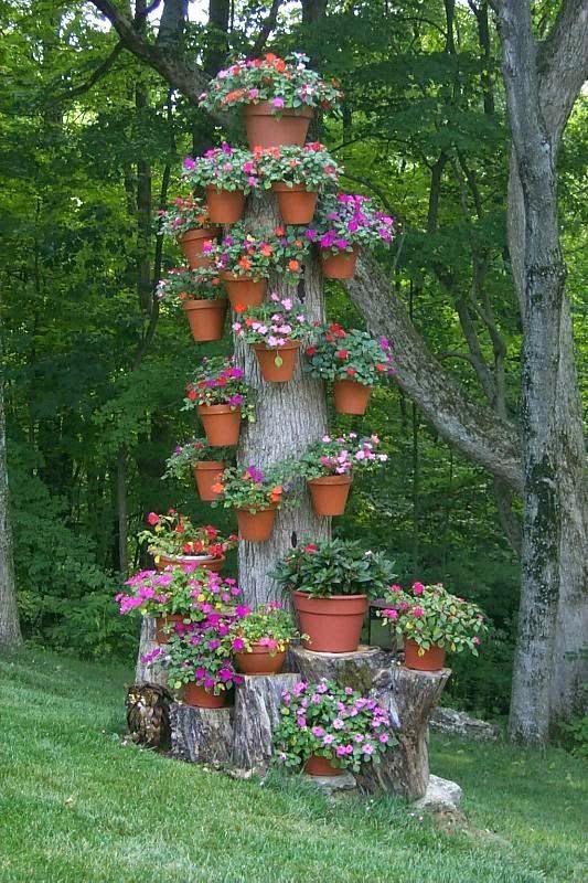Dead tree, turned into pretty flowers jardines Pinterest - decoracion de jardines