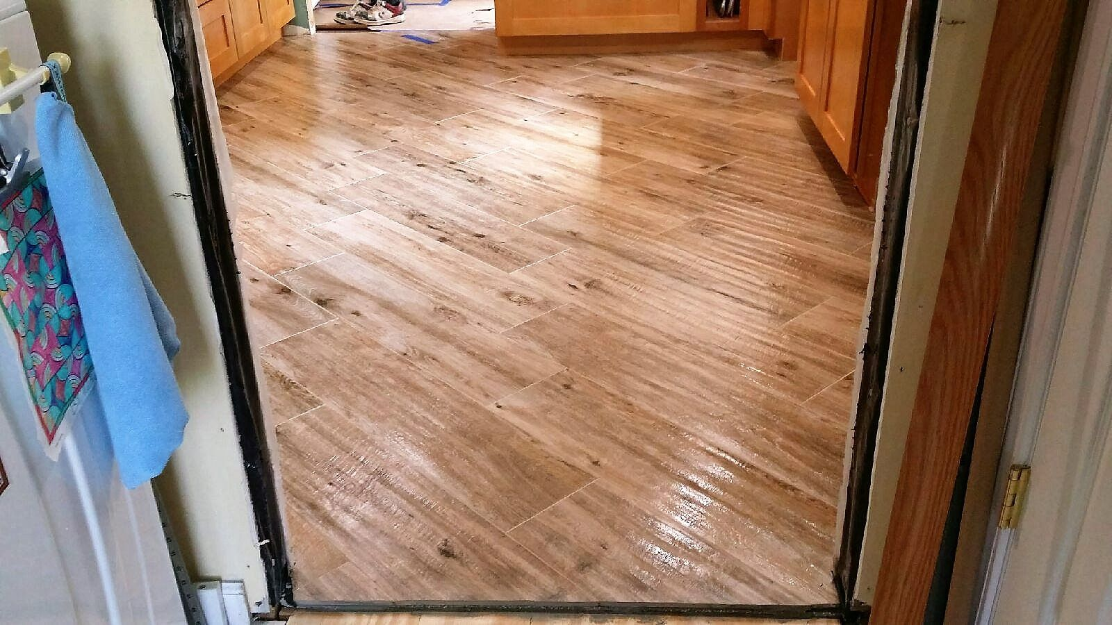 Marazzi American Estates 6 X 36 Natural Wood Tile Plank Paired With