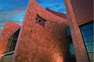 The National Underground Railroad Freedom Center Is A Museum In Downtown Cincinnati Ohio Based On The Hi Downtown Cincinnati Cuyahoga National Park Cincinnati
