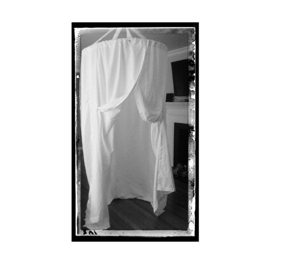 Room  sc 1 st  Pinterest & White Bridal Fitting Room - Outdoor Wedding Party Changing Room ...