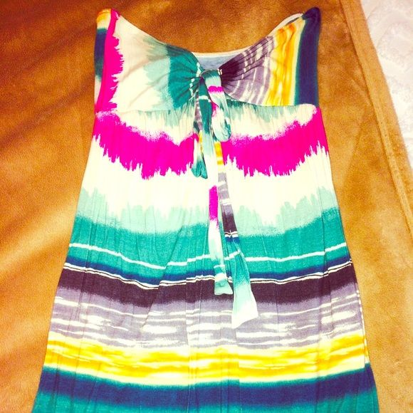 Summer sundress Summer sundress - colorful / fun / flirty and perfect for a summer day or night.  Strapless and bow at center of chest area to offer a feminine look Dresses Strapless
