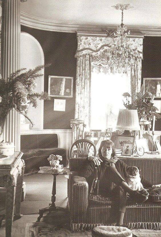 Rare Later Photo Of Greta Garbo A Ny Apartment With Pug Taken By Her Close Friend Cecile Beaton