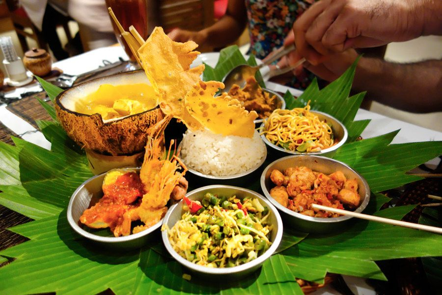 A Delicious Indonesian Feast Food Bali Honeymoon Asian Recipes