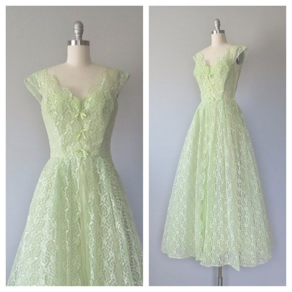 50s lace prom dress / party dress size small / by SwanSongVintage1